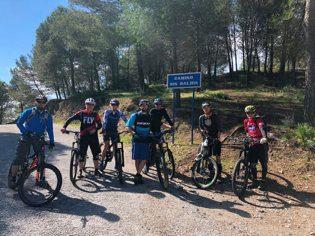 Coín Woods group photo before ride