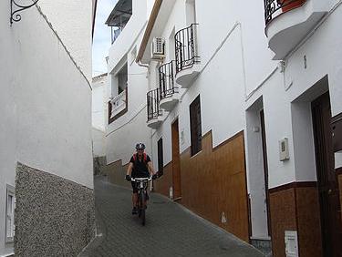 Alhaurin El Grande descent through village