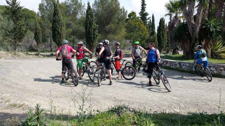 San Antón big group photo on road after horse trail