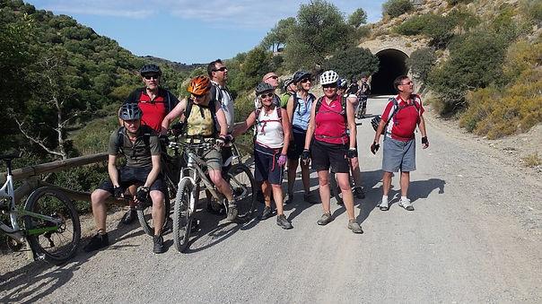 Via Verde de la Sierra big group photo