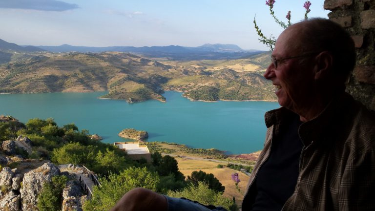 Zahara de la Sierra guide Alan posing with the lake in the background