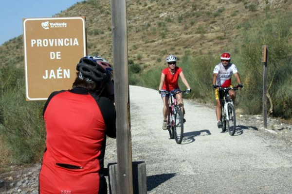 Via Verde del Aceite riding across the Jaen border