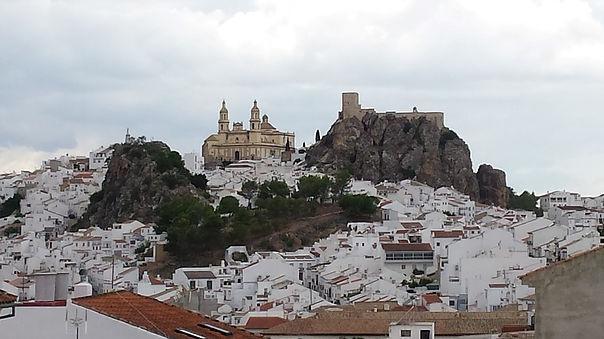 Via Verde de la Sierra village photo with cathedral and castle