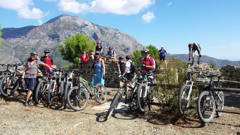 Serranía de Ronda big group enjoying view of mountain at viewpoint