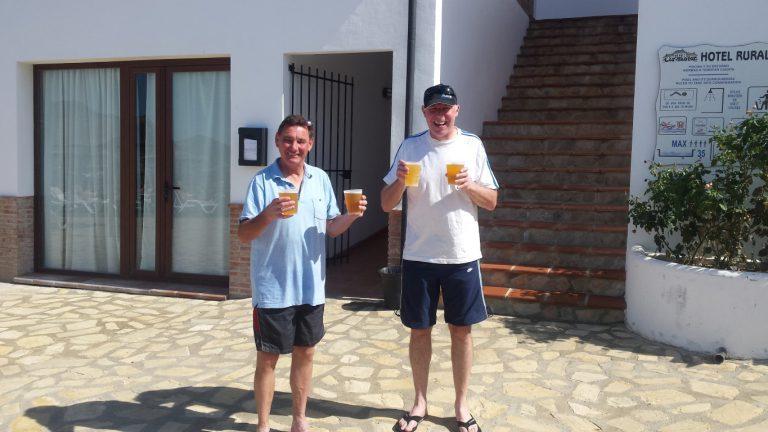 Zahara de la Sierra hotel los tadeos cold beers