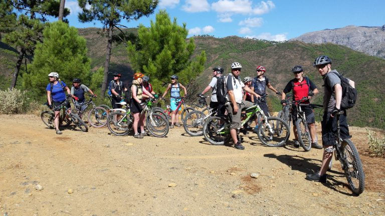 Serranía de Ronda big group taking a break enjoying the views