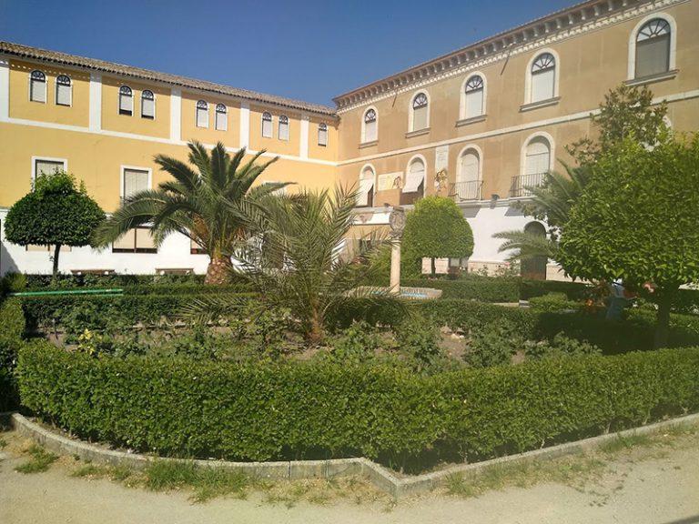 Via Verde del Aceite big square with gardens