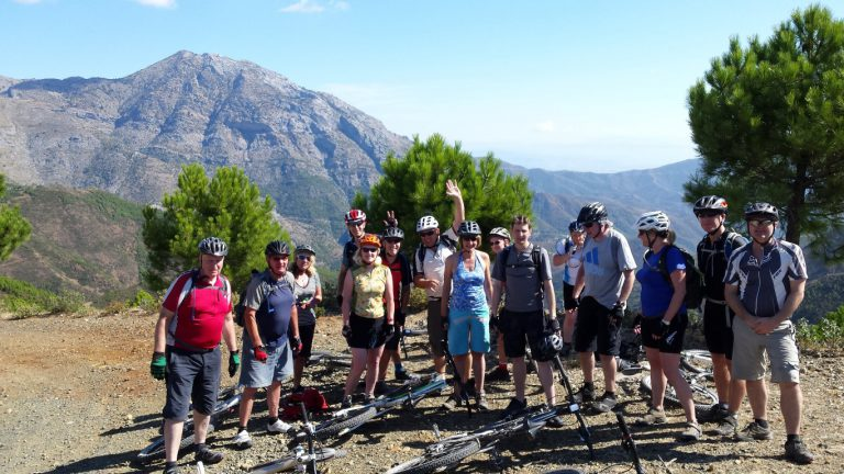 Serranía de Ronda big group posing enjoying nature mountain background