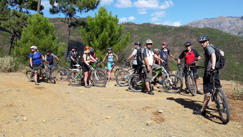 Ronda Descent big group enjoying the natural environment