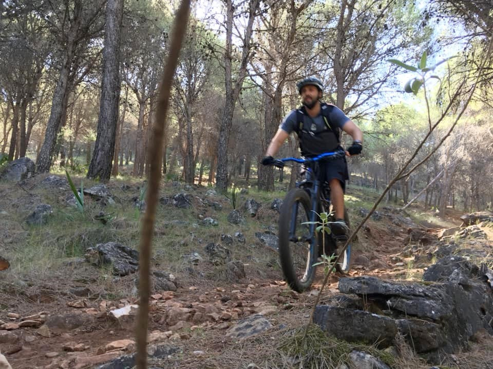 Anna's trail rocky singletrack
