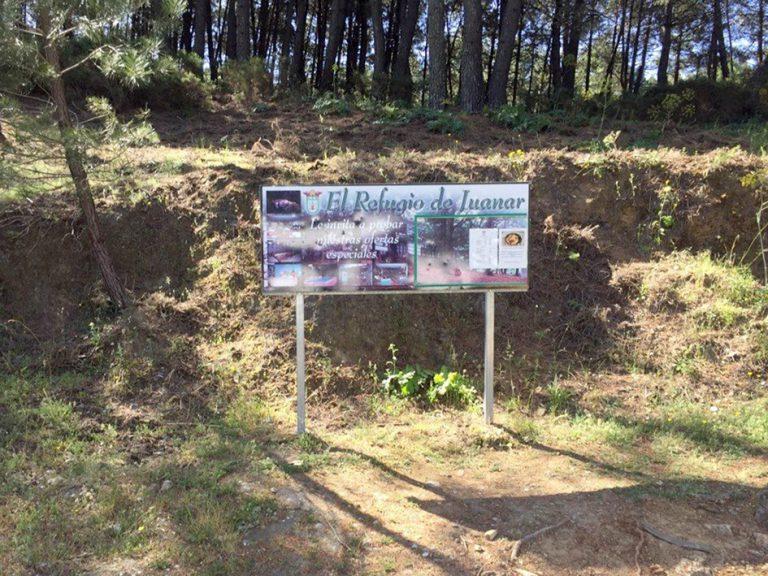Ojen DH El Refugio de Juanar sign
