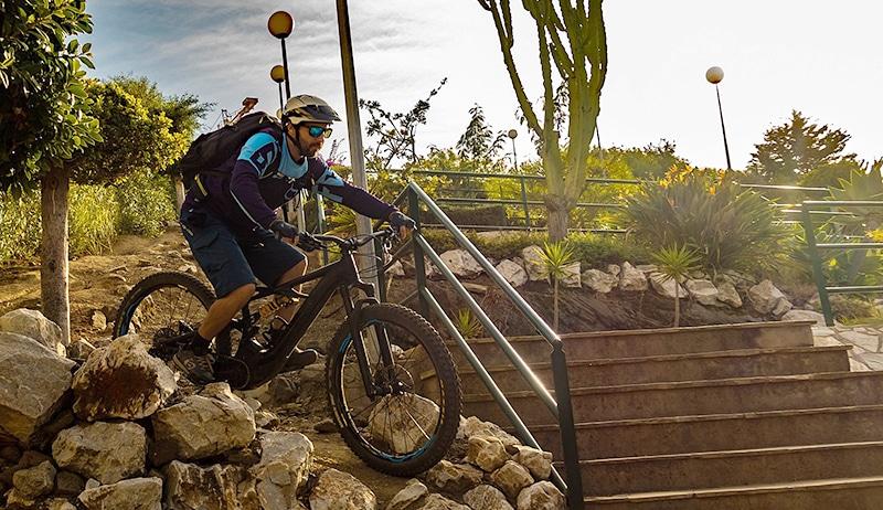 Alexis guide Kenevo Miramar steps