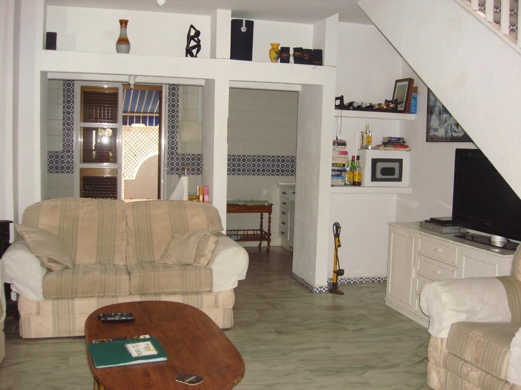 Garden house living room